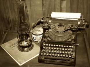 An old typewriter used to write long time ago